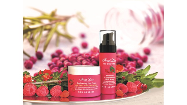RED BERRIES Skincare with mountain cranberry stem cells